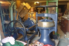 Filter material press  € 2000,-