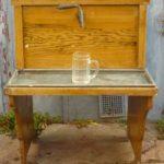 Výčepní místnost a výčepní stolice