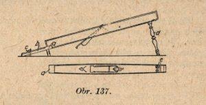 Spárovník neboli střihovačka či střihovač je velký bednářský hoblík používaný na dlouhé dužiny ležáckých sudů